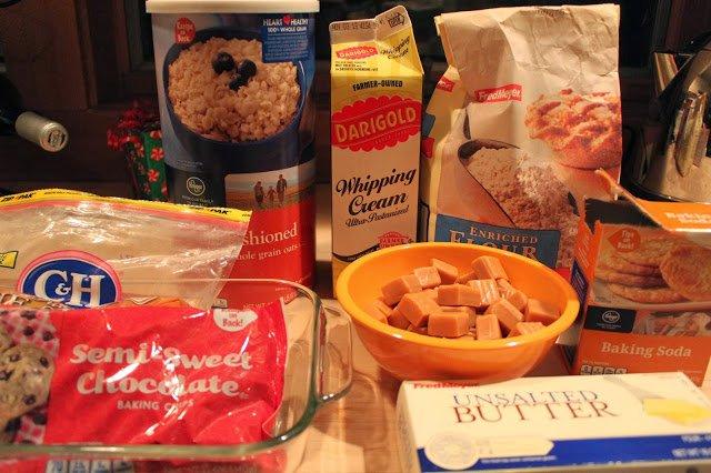Recipe: Oatmeal Chocolate Caramel Bars