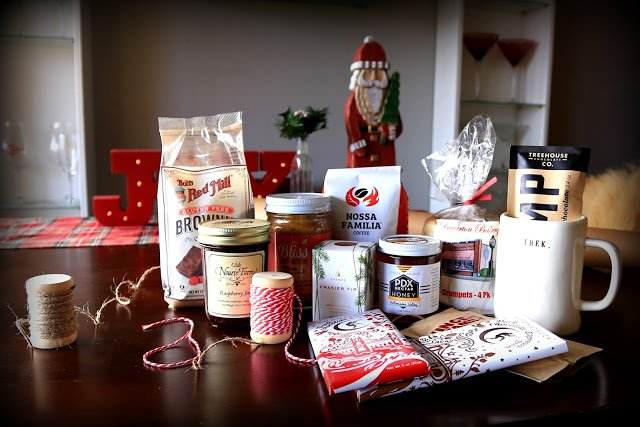 Favorite Things Christmas Giveaway 2015