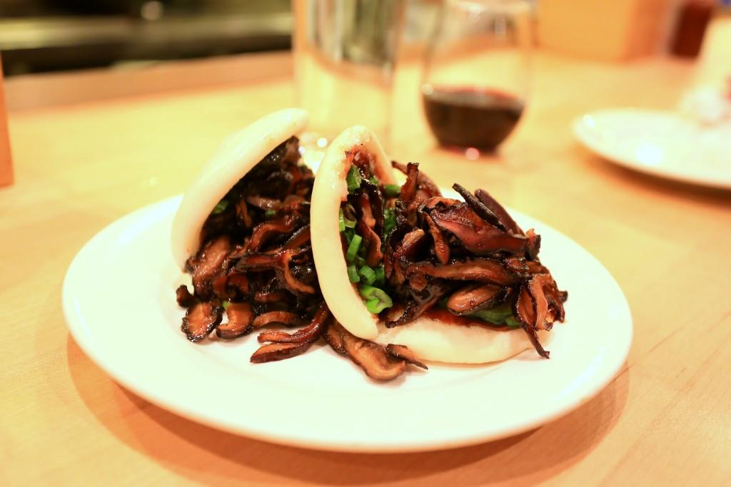 NYC Restaurant Review: Momofuku Noodle Bar